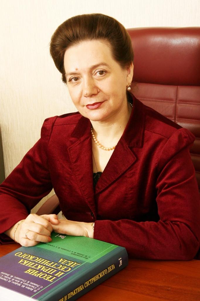 russkie-devushki-v-meditsinskom-kabinete-na-prieme-u-ginekologa-smotryat-v-anal